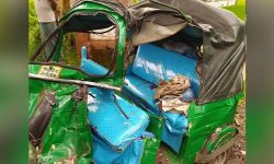 বাস-অটোরিকশা মুখোমুখি সংঘর্ষে নিহত ৫ গোলাপগঞ্জে